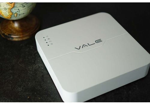 VALE Pro Series - 4 Channel (4 POE) Compact High Performance NVR (Black)