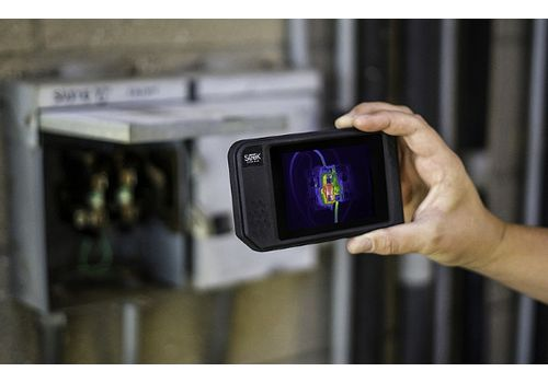 Seek Thermal Shot™ Advanced Thermal Imaging Camera